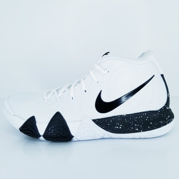 new arrival 5b045 23b6d Nike Kyrie 4 TB White Black Basketball Shoes NWT